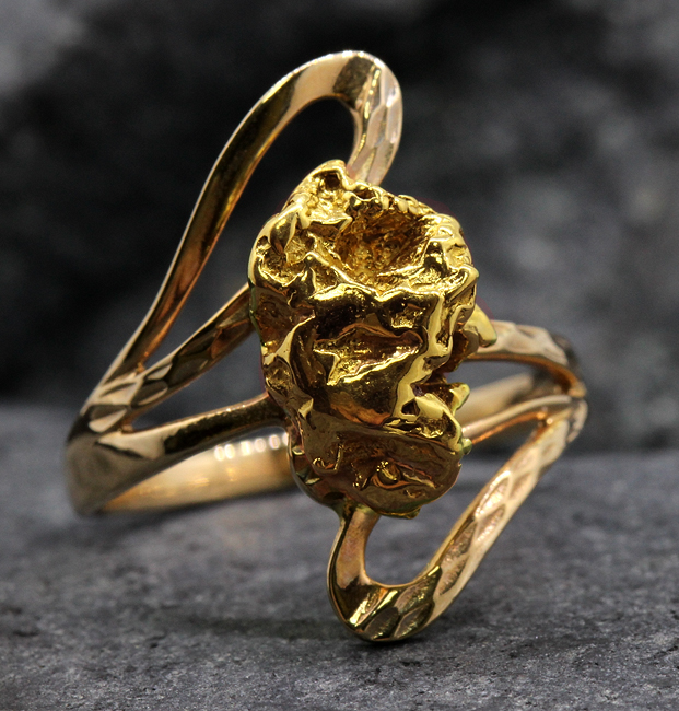 Woman`s Ring 1C7458